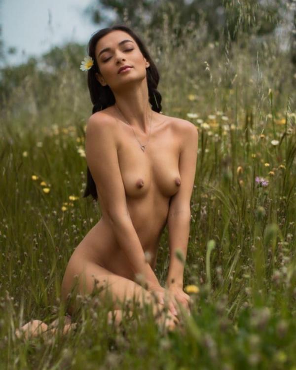 Naya Mamedova(ナヤ マメドヴァ)ロシアの人気モデル2穴同時挿入のハメ撮り画像が流出!33枚の07枚目
