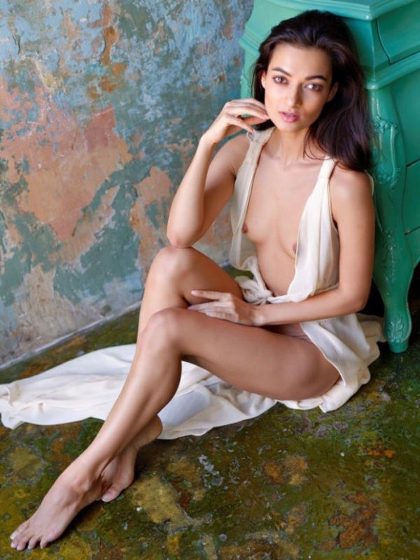 Naya Mamedova(ナヤ マメドヴァ)ロシアの人気モデル2穴同時挿入のハメ撮り画像が流出!33枚の11枚目