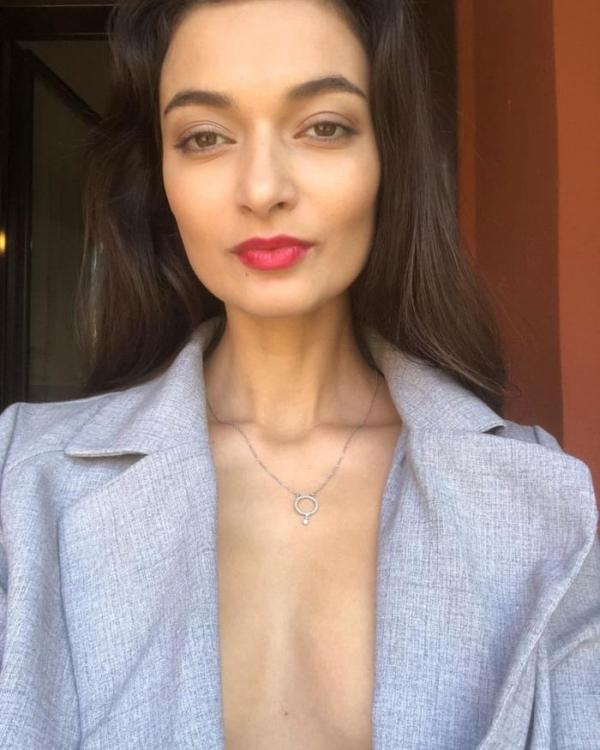 Naya Mamedova(ナヤ マメドヴァ)ロシアの人気モデル2穴同時挿入のハメ撮り画像が流出!33枚の18枚目