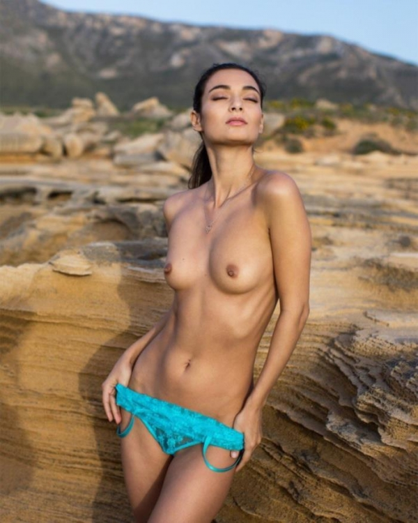 Naya Mamedova(ナヤ マメドヴァ)ロシアの人気モデル2穴同時挿入のハメ撮り画像が流出!33枚の20枚目