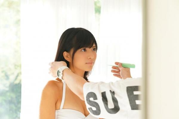 根尾あかり(小嶋亜美)日焼け跡が眩しい美少女エロ画像55枚のa001枚目