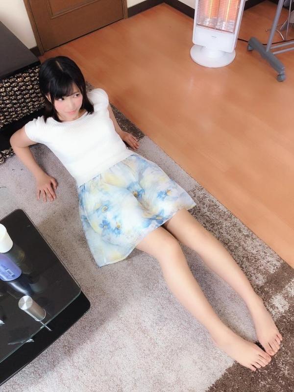 根尾あかり(小嶋亜美)日焼け跡が眩しい美少女エロ画像55枚のa009枚目