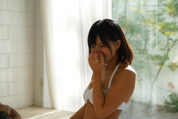 根尾あかり(小嶋亜美)日焼け跡が眩しい美少女エロ画像55枚のa024枚目