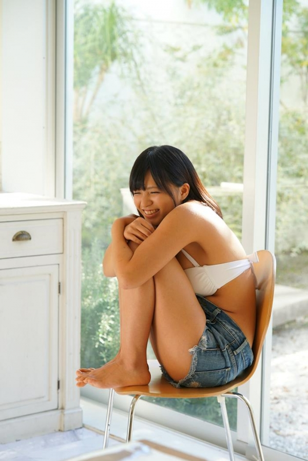 根尾あかり(小嶋亜美)日焼け跡が眩しい美少女エロ画像55枚のa025枚目