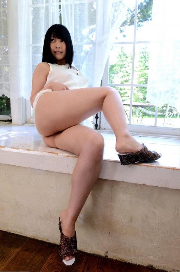新村あかり F乳スレンダー美女セックス画像75枚のb001枚目