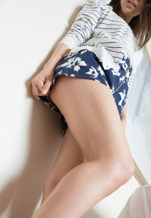 二宮ナナ ハーフ風の巨乳美女SEX画像 a004