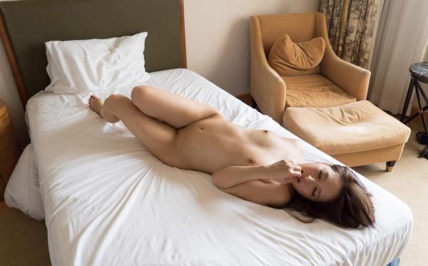 二宮ナナ ハーフ風の巨乳美女SEX画像 a060