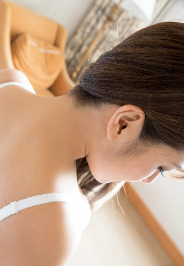 二宮ナナ ハーフ風の巨乳美女SEX画像 c004