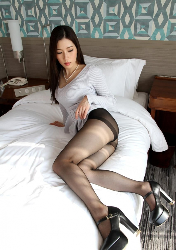 二宮和香 上品なエロス漂う色白美女SEX画像103枚のd01枚目
