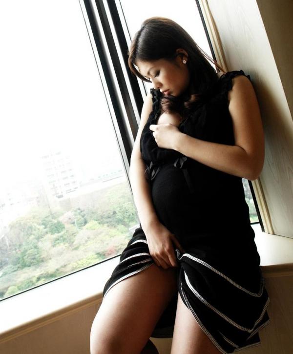 妊婦のエロ画像 性欲マックスで感度抜群な妊娠中のセックス56枚の12枚目