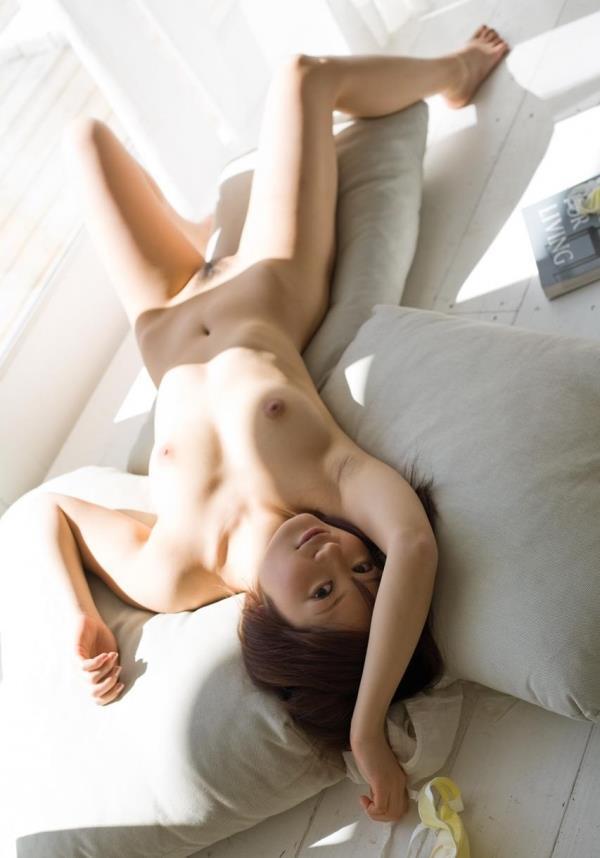 オールヌード画像 全裸の細身べっぴん美女150枚の103枚目