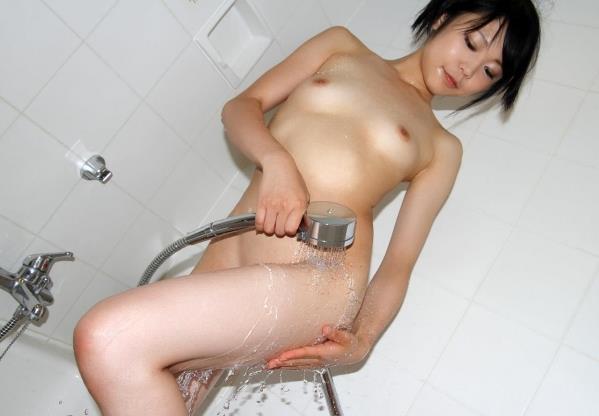 オールヌード画像 全裸の細身べっぴん美女150枚の131枚目