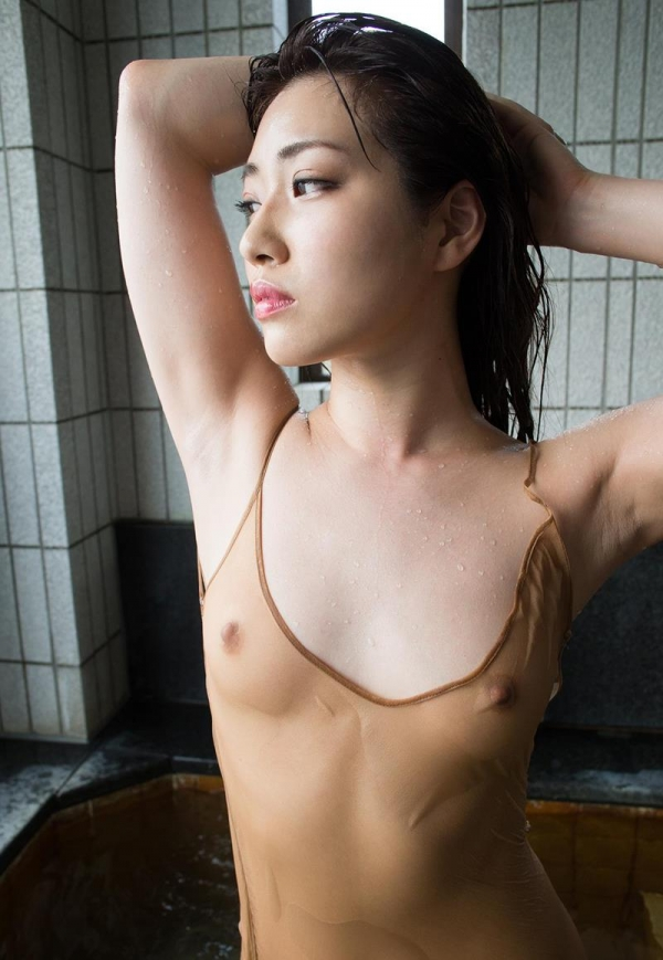 びしょびしょに濡れた美女 濡れフェチエロ画像70枚の036枚目