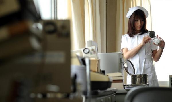 ナース(看護師)エロ画像 勤務中の淫らなセックス143枚の02枚目