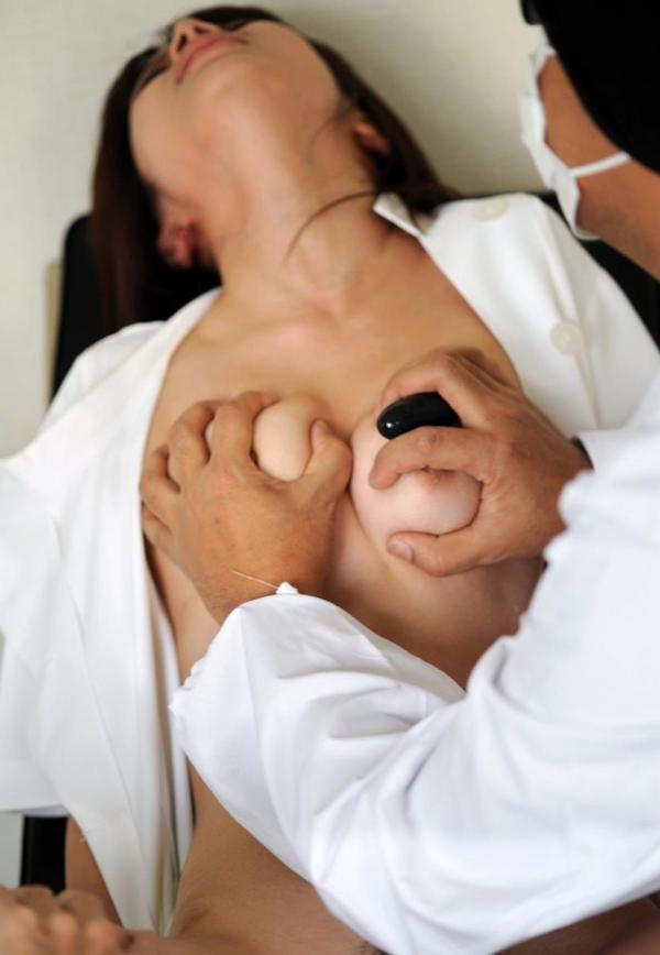 ナース(看護師)エロ画像 勤務中の淫らなセックス143枚の78枚目