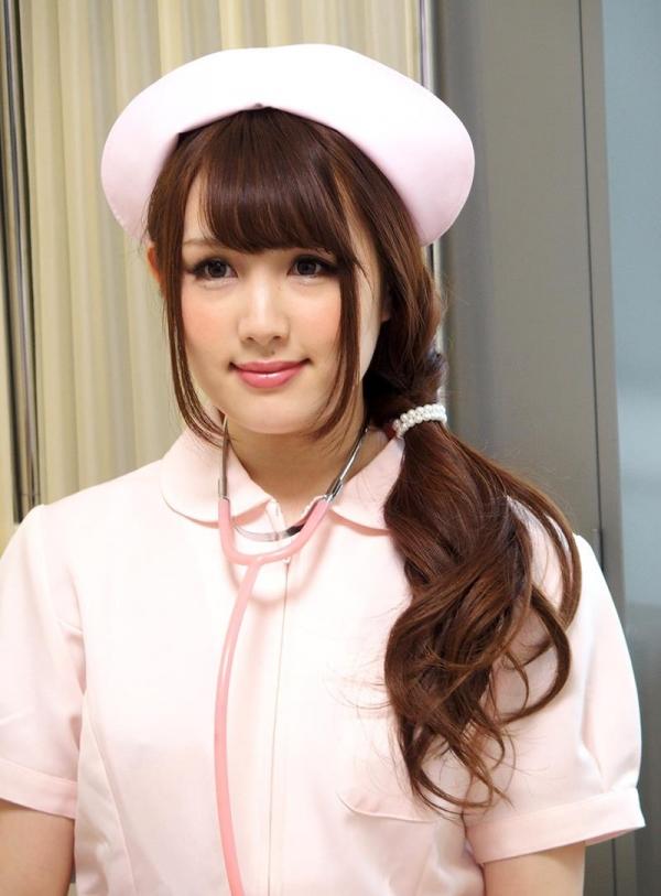 ナースエロ画像 ピンク色の白衣を着たエッチな看護師さん40枚の005枚目