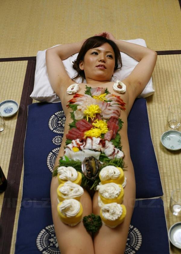 女体盛りエロ画像 ピンクコンパニオンと楽しむグルメなお座敷遊び!28枚のb001枚目