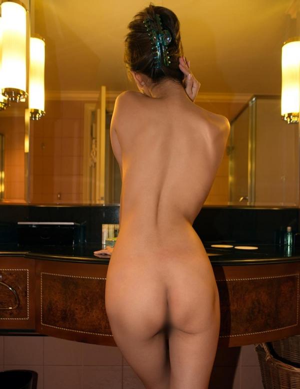 情事の後の入浴画像 精液に唾液、汗やマン汁を洗い流す女達33枚の023枚目