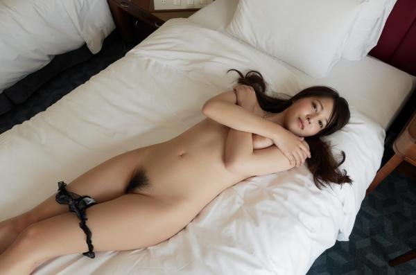 荻野舞 むっちり美女中出しセックス画像100枚の046枚目