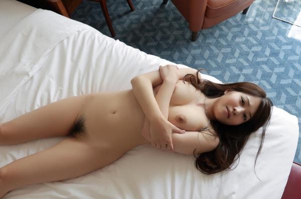 荻野舞 むっちり美女中出しセックス画像100枚の058枚目