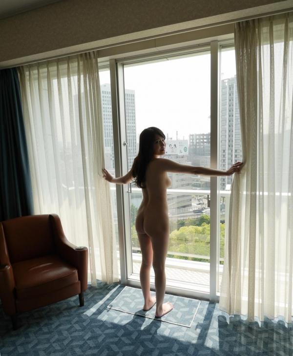 荻野舞 むっちり美女中出しセックス画像100枚の059枚目
