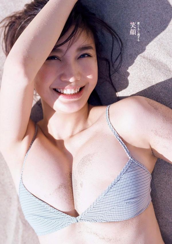 小倉優香 凄いカラダ美巨乳ビキニ水着画像 a019