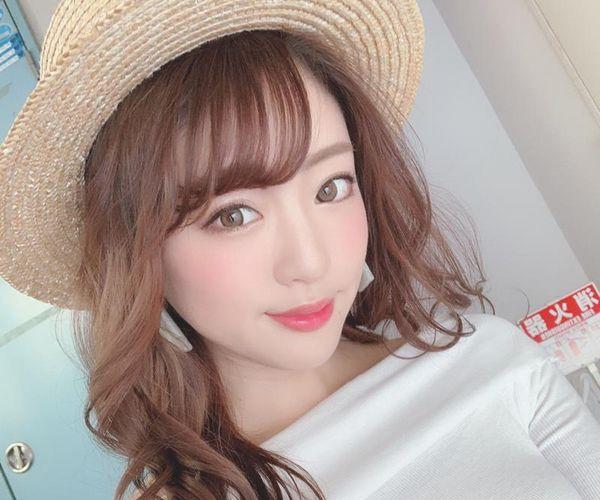 大森玲菜 人懐っこい笑顔の微乳美女エロ画像94枚の1
