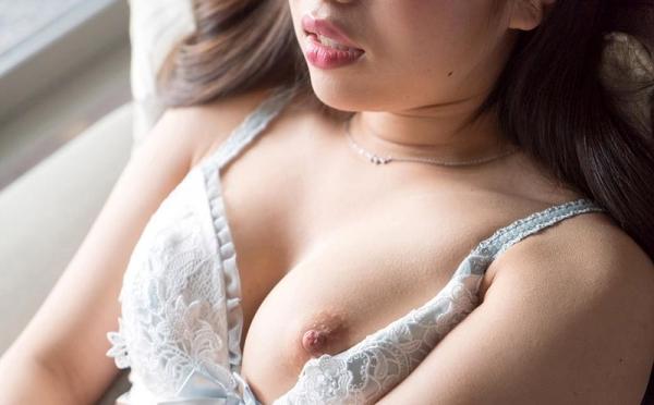 大西りんか スリム巨乳美女のオナニー画像44枚のa018枚目