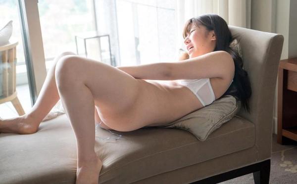 大西りんか スリム巨乳美女のオナニー画像44枚のa020枚目