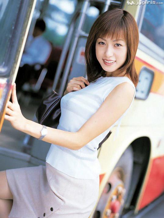 懐かしのエロス 及川奈央(おいかわなお)スレンダー美女エロ画像45枚の017枚目