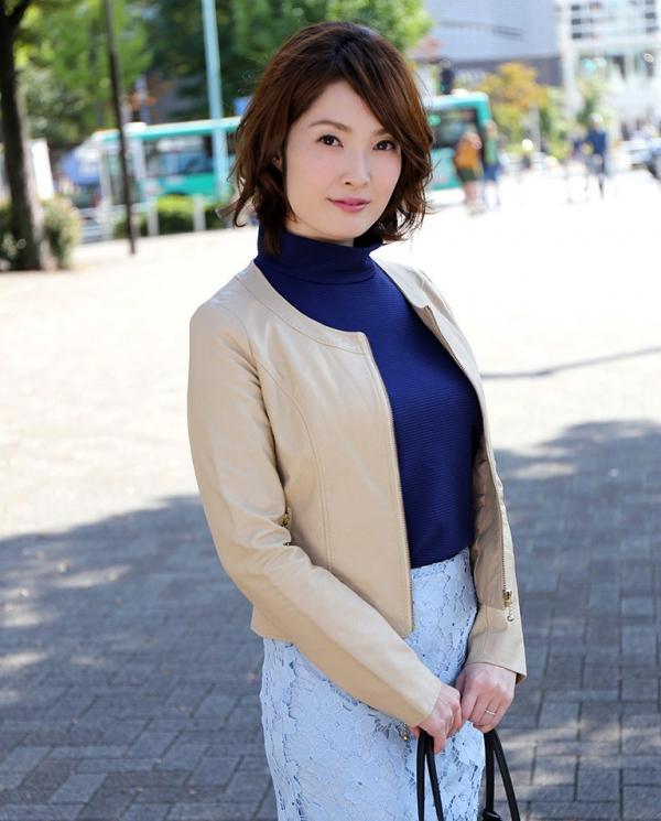 本庄優花(及川朋子)透き通る様な美白肌を持つ人妻のエロ画像60枚の018枚目