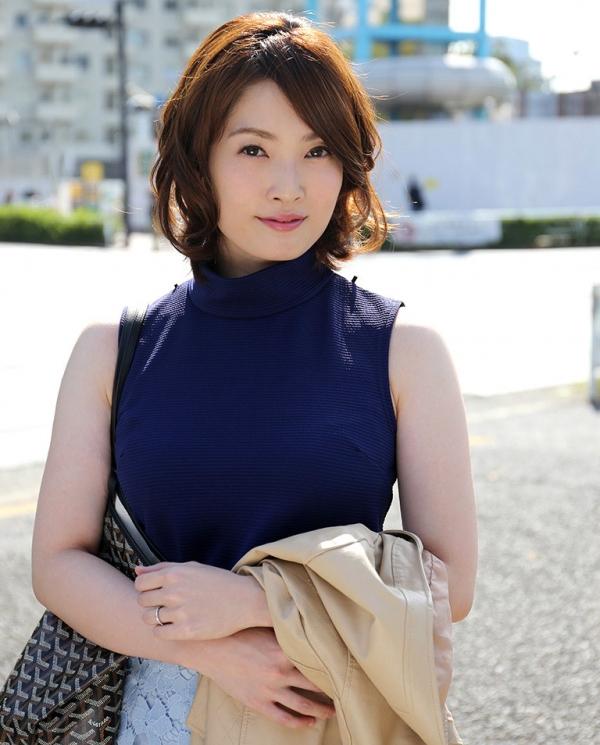 本庄優花(及川朋子)透き通る様な美白肌を持つ人妻のエロ画像60枚の019枚目