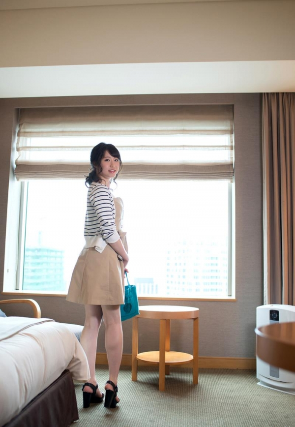 沖田里緒 超敏感なスレンダー娘ハメ撮り画像90枚の057番