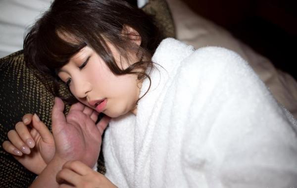 沖田里緒 超敏感なスレンダー娘ハメ撮り画像90枚の089番