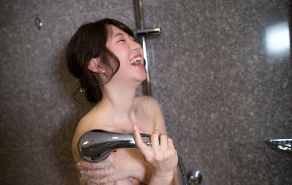 沖田里緒 超敏感なスレンダー娘ハメ撮り画像90枚の108番