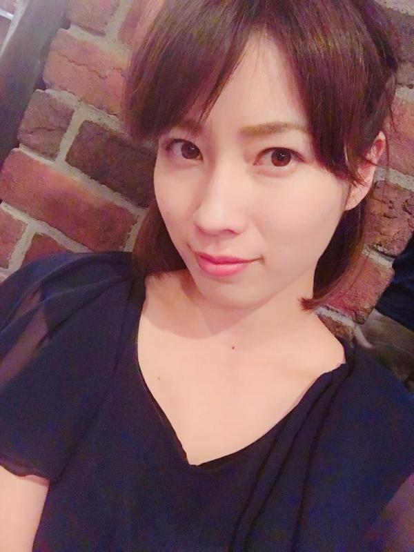 奥田咲 低身長 小柄なHカップ爆乳美女エロ画像75枚の004枚目