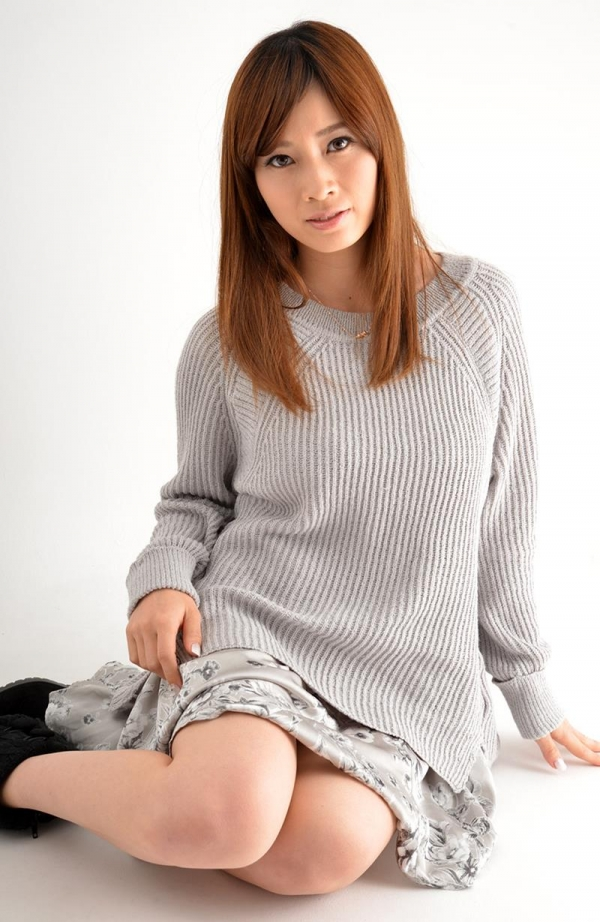 奥田咲 低身長 小柄なHカップ爆乳美女エロ画像75枚の050枚目