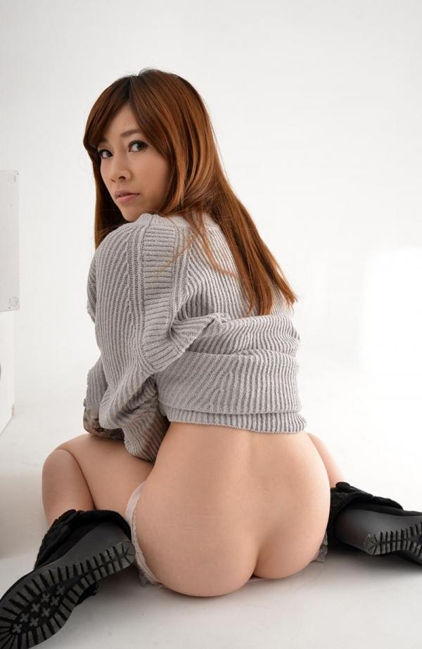 奥田咲 低身長 小柄なHカップ爆乳美女エロ画像75枚の061枚目