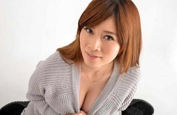 奥田咲 低身長 小柄なHカップ爆乳美女エロ画像75枚の066枚目