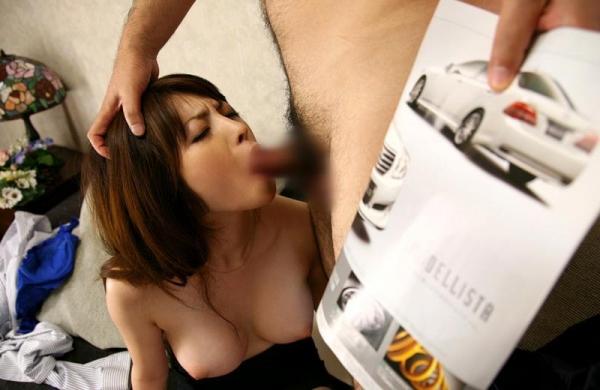 スーツOLのエロ画像 美人セールスレディの枕営業66枚の52枚目