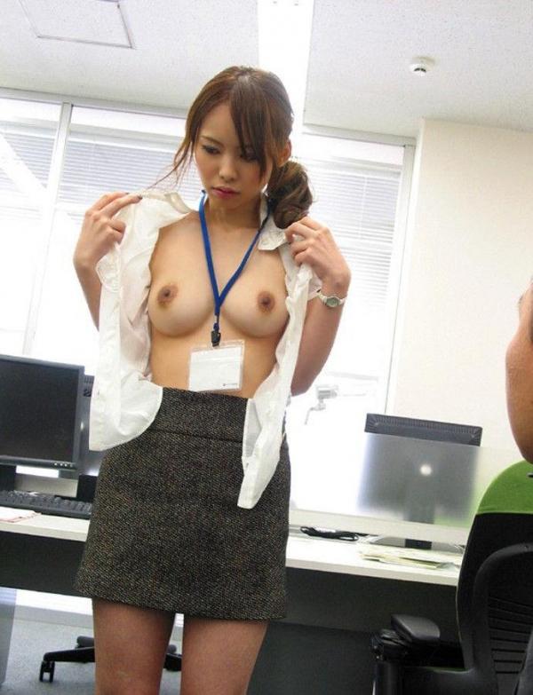 OLが社内で淫らにセックスしてる画像109枚の087枚目