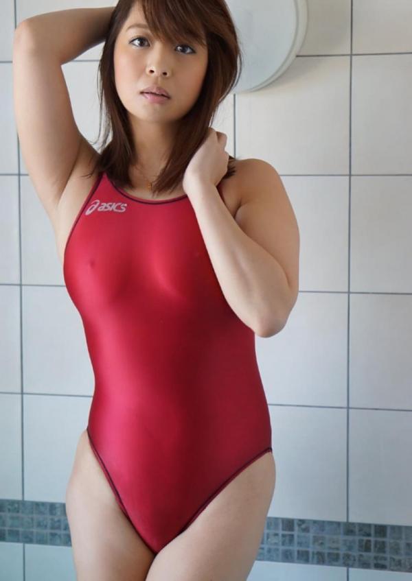 尾上若葉のムチムチでキツそうな競泳水着ヌード画像100枚の022枚目
