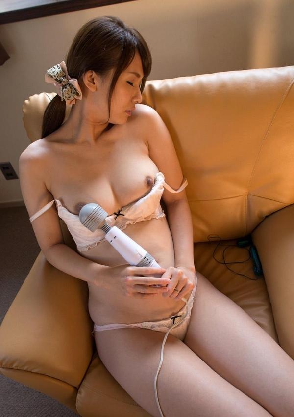 人妻エロ画像 清楚な奥様大場ゆいセックス110枚の061枚目
