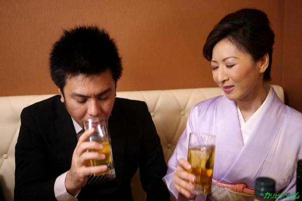 不況で枕営業するクラブの美人ママ 大橋ひとみエロ画像21枚の07枚目