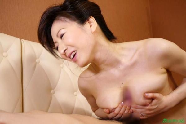 不況で枕営業するクラブの美人ママ 大橋ひとみエロ画像21枚の11枚目