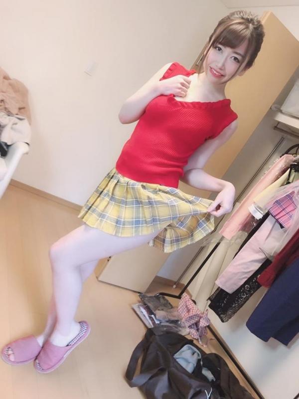 大浦真奈美(おおうらまなみ)スリムで巨乳な美少女エロ画像88枚のa013枚目