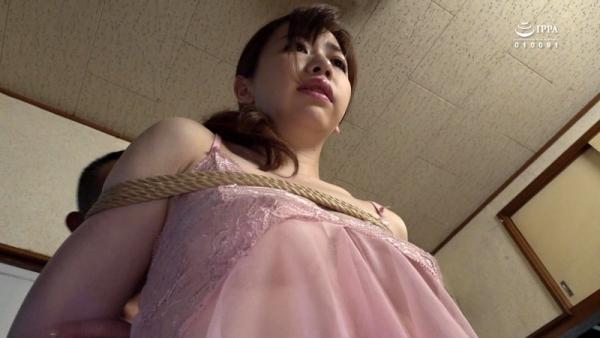 大浦真奈美 全身性感帯お姉さんのエロ画像68枚のd07枚目