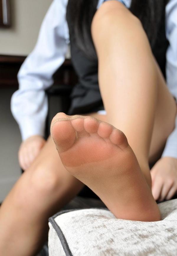 パンストつま先画像 美女の艶っぽい足先足裏60枚の01枚目