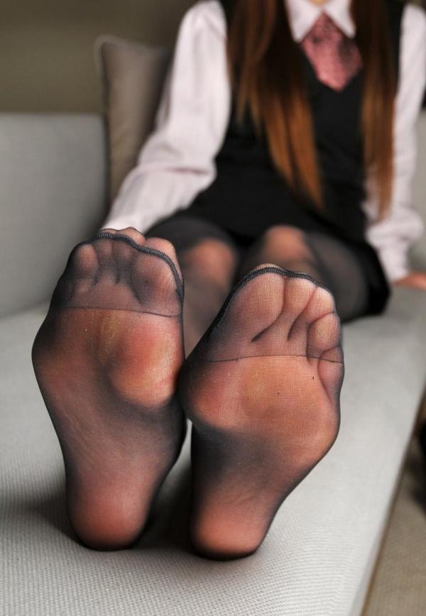 パンストつま先画像 美女の艶っぽい足先足裏60枚の15枚目