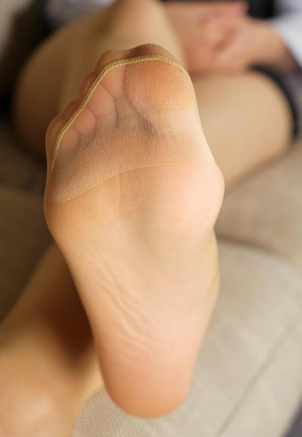 パンストつま先画像 美女の艶っぽい足先足裏60枚の25枚目
